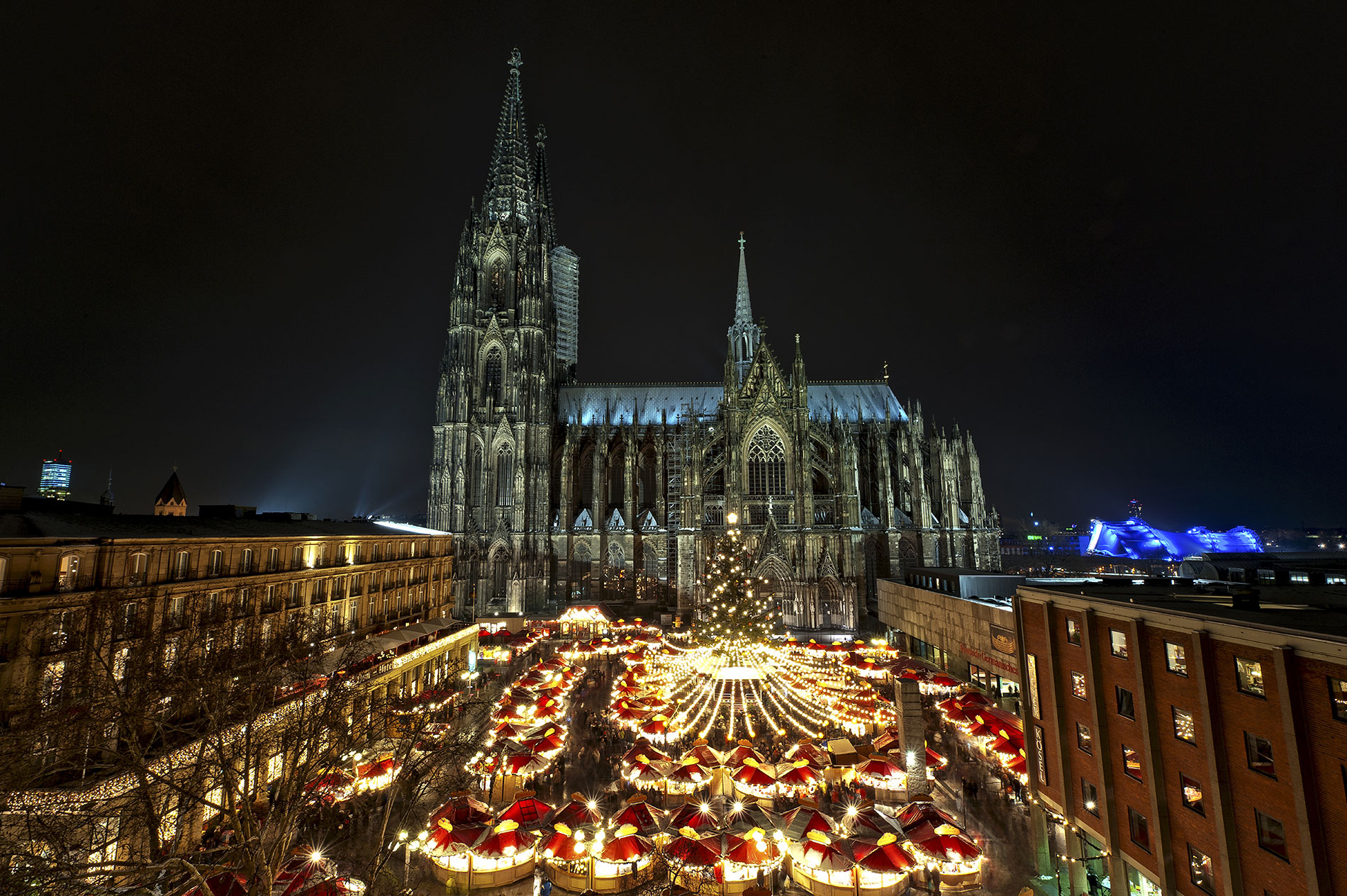 Cologne's Cathedral Market