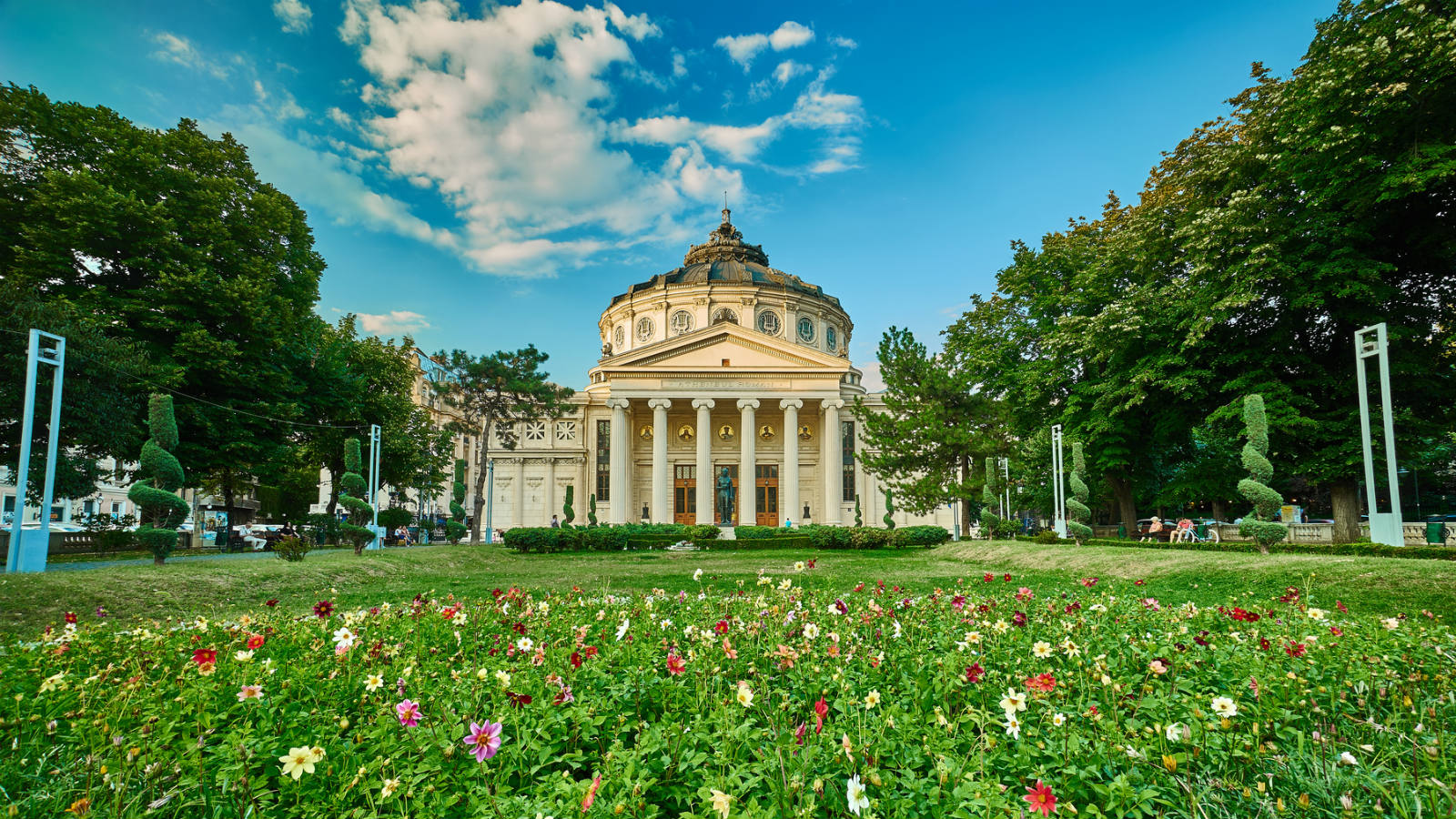 The gardens of Romanian Athenaeum, Bucharest