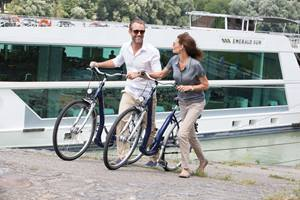 Explore cities and villages on bicycles